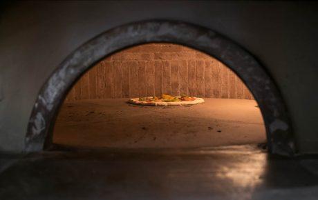 Eindelijk een echte Napolitaanse pizzabakker in Amsterdam
